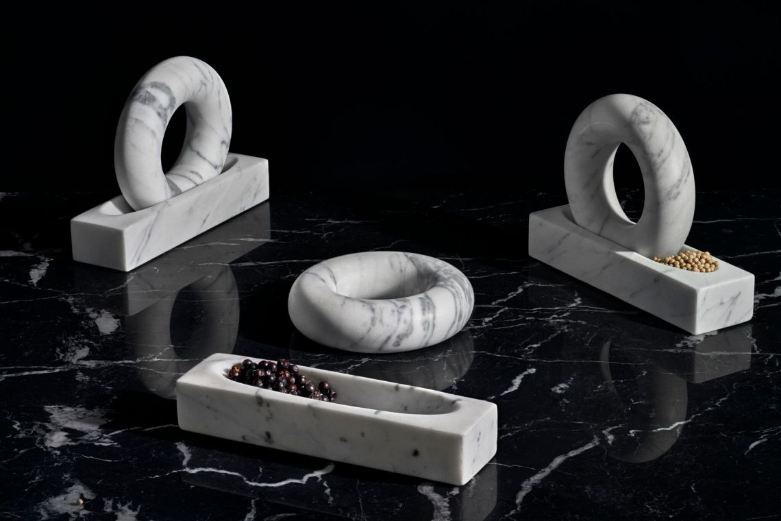 Tondo mortar & pestle - via Coco Lapine Design blog