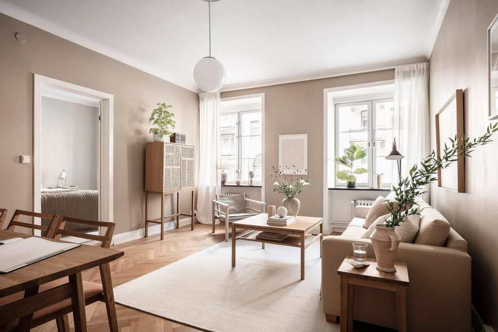 Tone-on-tone beige home