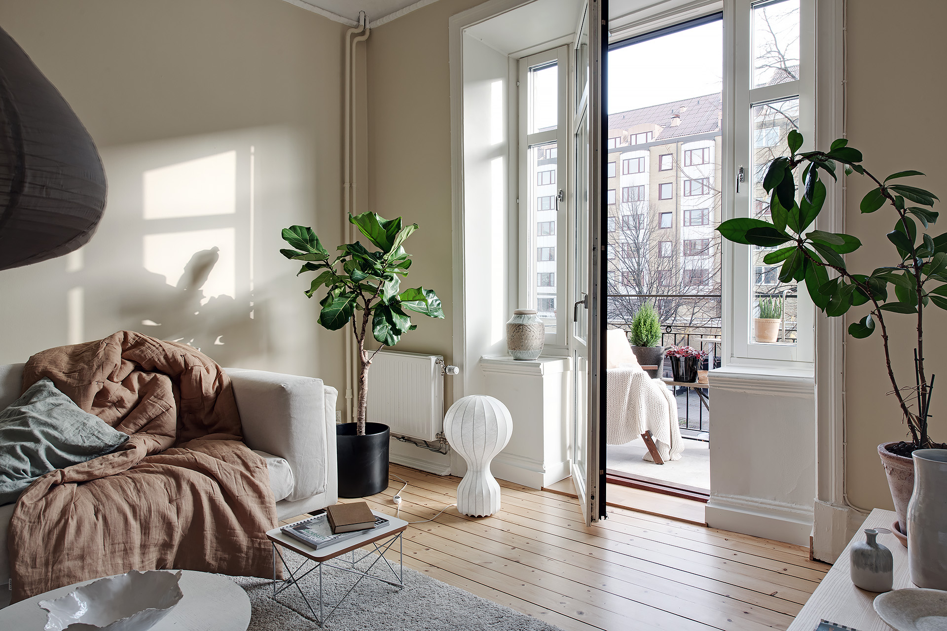 Living Room In A Light Beige Palette Coco Lapine Designcoco Lapine