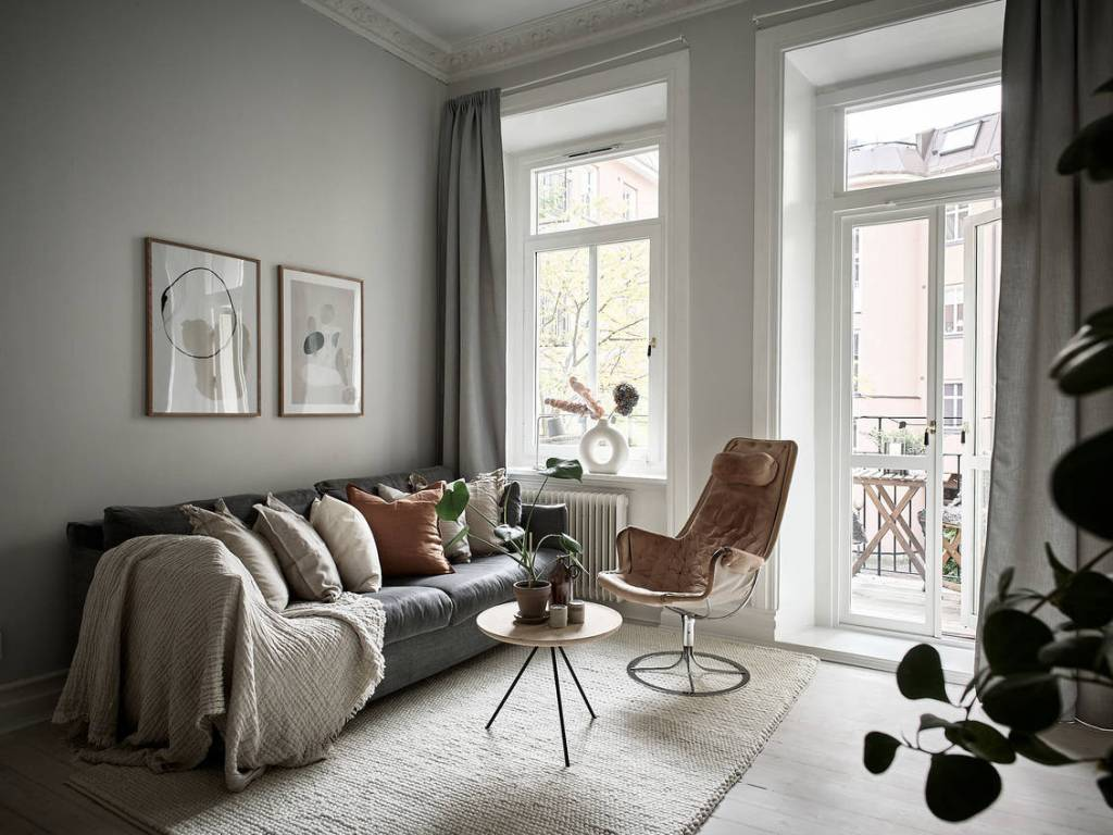 Cozy home in grey and beige tints