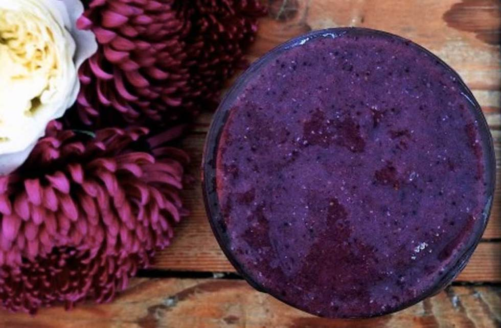 Maqui Berry Purple Power Smoothie Coconut Essence