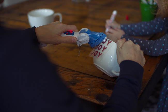 DIY Glitter Holiday Mugs 13