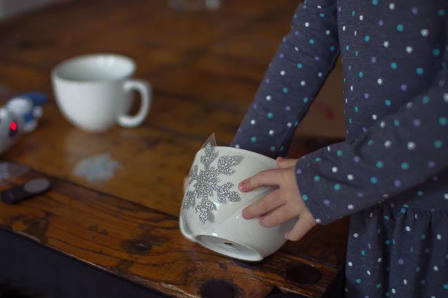 DIY Glitter Holiday Mugs 17