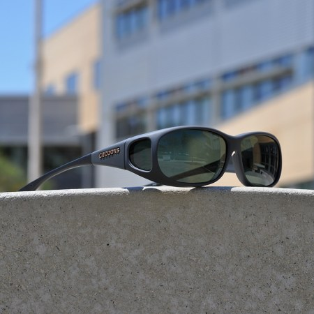 Medium Small fitover sunglasses in slate with gray polarized lenses