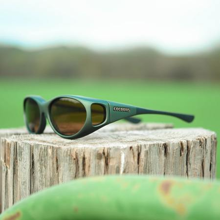 Stream Line fitover sunglasses in Ivy