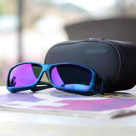 Blue mirror fitover sunglasses with case