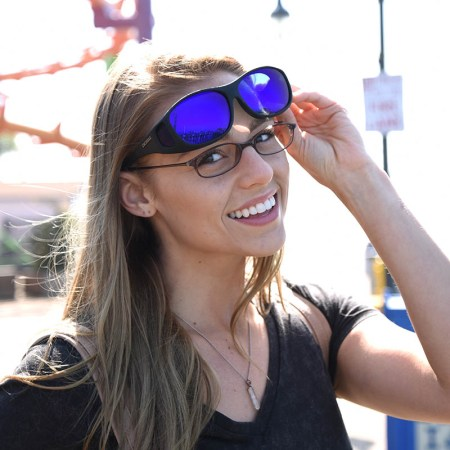 Maximum polarization efficiency from cocoons fitover sunglasses