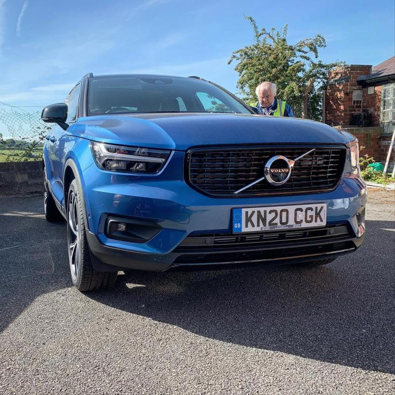 Volvo XC40 D3 R Design delivered to a customer in London yesterday! New baby arrived so it will be a great family car.