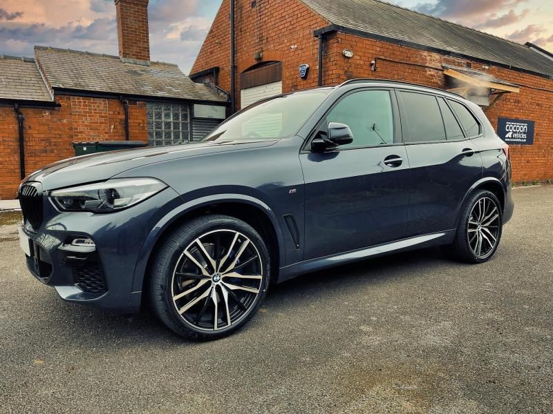 BMW X5 handed over to one of our most loyal and favourite short-term customer!  This is the BMW X5 30d MHT M Sport 5dr Auto and comes with Tech and Pro Pack.  Thanks again Chris!