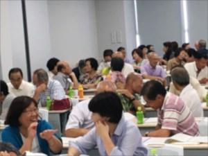 民生委員さんのストレスマネジメントと対人援助コミュニケーション研修の様子