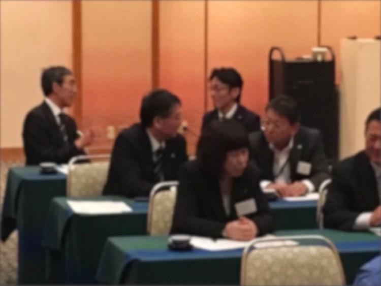 秋田県でリーダー講演会の様子