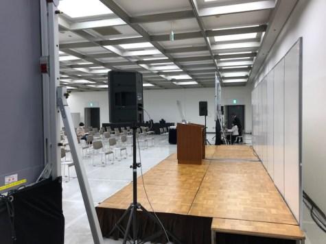 シニアしごとEXPOのメインステージの写真