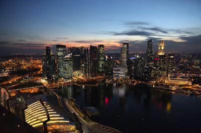 羽田発深夜便利用、シンガポールへの弾丸旅行、荷物は軽く
