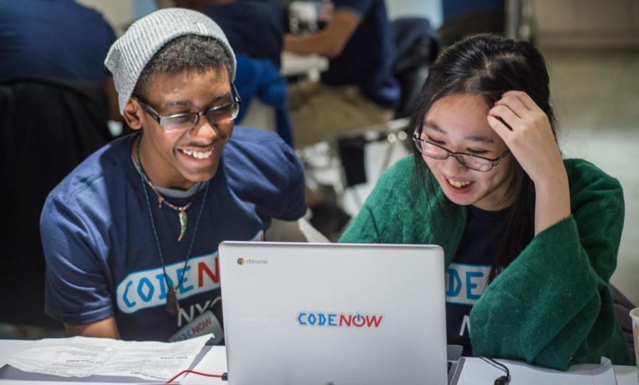 Code+Now+participants+at+Neil+Sales-Griffin%27s+workshop