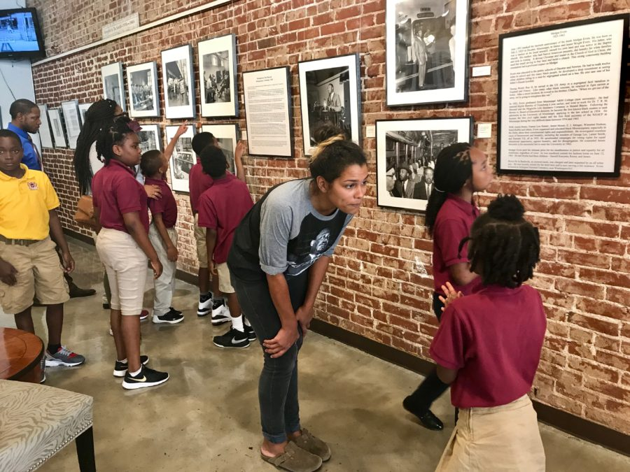 Third-+and+fourth-graders+from+Vision+Prep+tour+the+Withers+Collection+Museum+and+Gallery+on+Beale+Street.