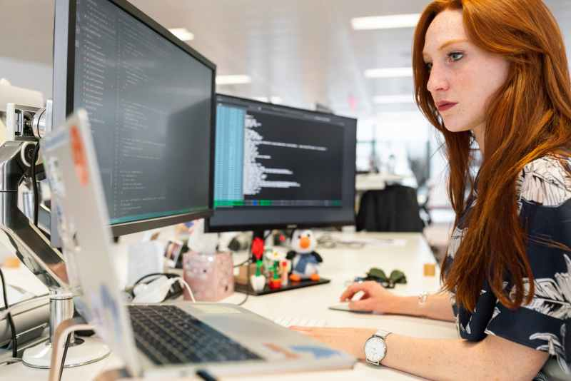 women tech jobs