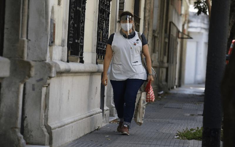 <h6>Audio: Felipe de Los Ríos</h6><h1>Docentes con dispensa COVID que se colocaron las dos dosis de la vacuna deberán regresar a la presencialidad</h1>