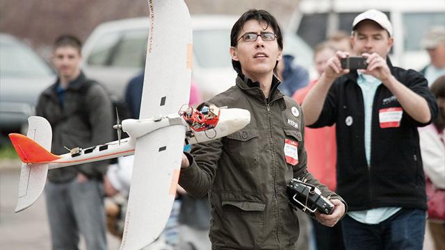 Jordi Muñoz, el mexicano que fundó la compañía 3D Robotics