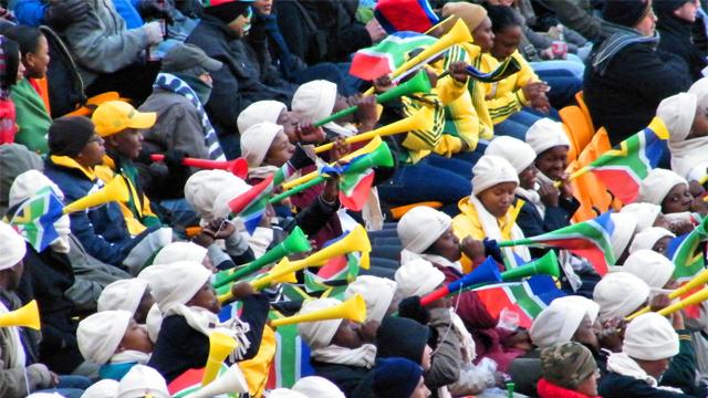 Las irritantes vuvuzelas inspiraron a IRRITANT HORN