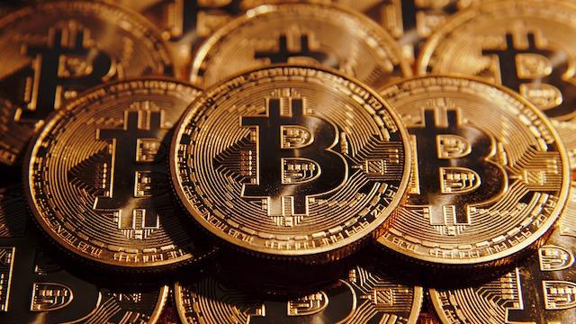 Empresa japonesa regala más de 20 billones de dólares en bitcoins