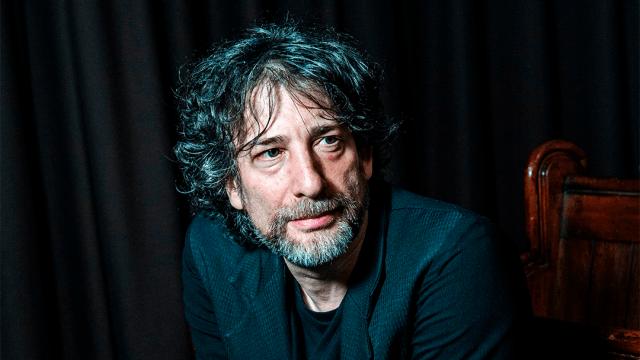 Neil Gaiman, escritor y artista de comics