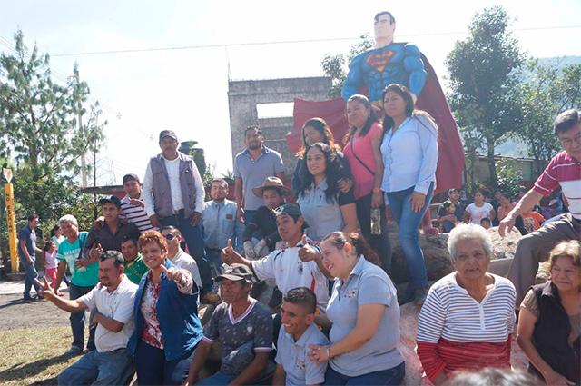 Estatua de Superman en Orizaba, Veracruz
