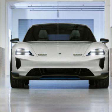 El nuevo SUV eléctrico de Porsche podría ganarle al Tesla Model X