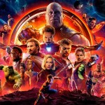 Todos los vengadores en bola, atrás de ellos Thanos