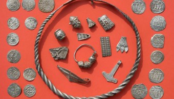 Niño de 13 años encontró un tesoro de más de 1,000 años