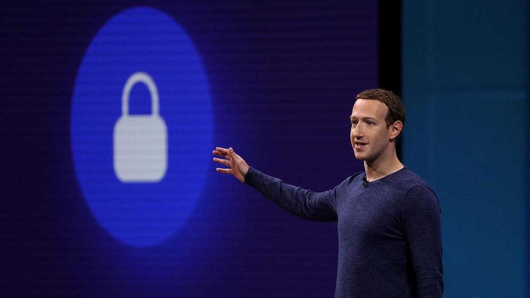 Nuevo bug en Facebook expone fotos de millones de usuarios