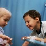 Científicos revelan causa probable de la leucemia infantil