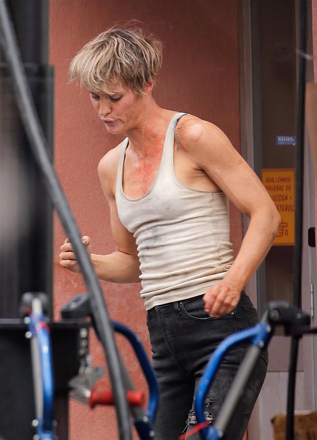 La actriz Mackenzie Davis en Terminator 6