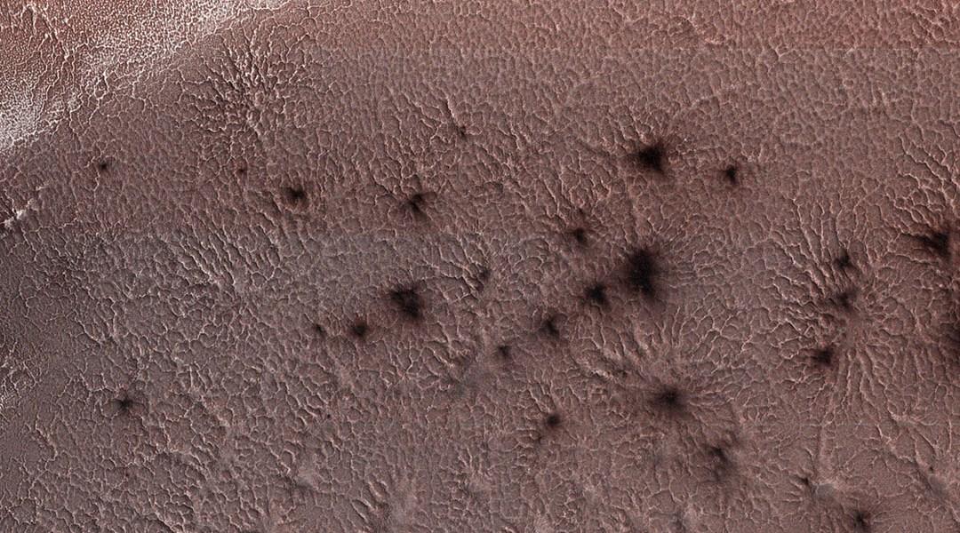 Arañas de Marte captadas por la NASA