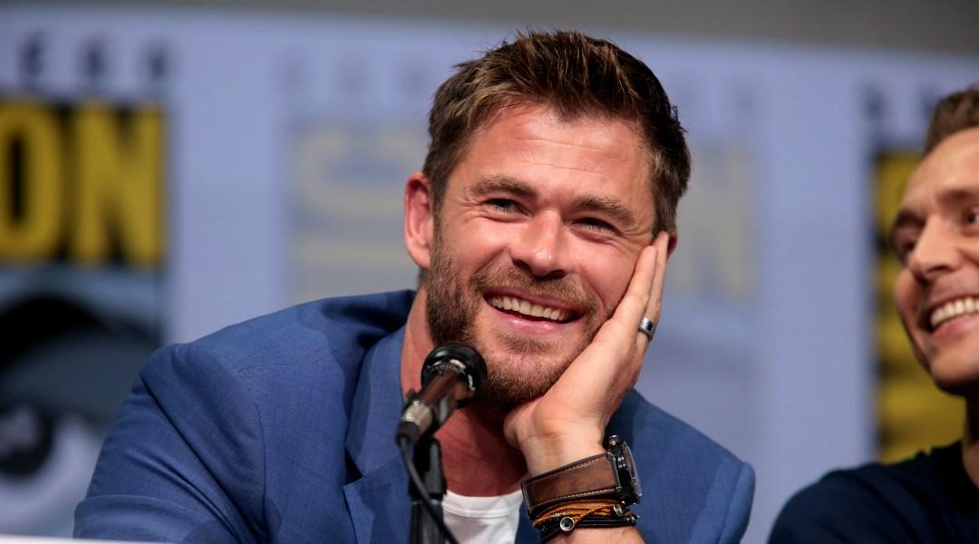 Así luce Chris Hemsworth en el rodaje de Men in Black 4