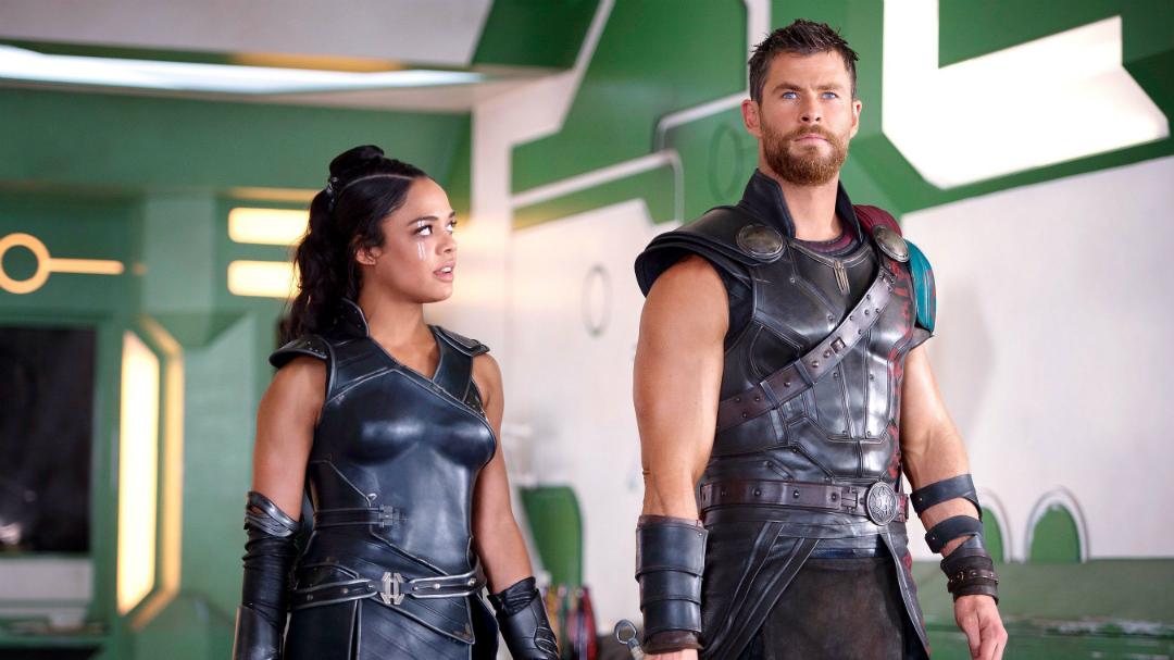 Así lucen Chris Hemsworth y Tessa Thompson en Men in Black