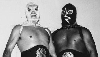 (El Santo y Rayo de Jalisco, antes de una lucha)