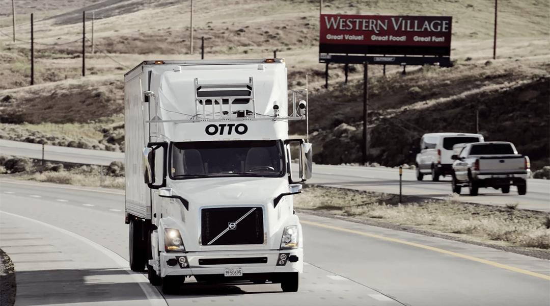 Uber presentó los camiones autónomos OTTO
