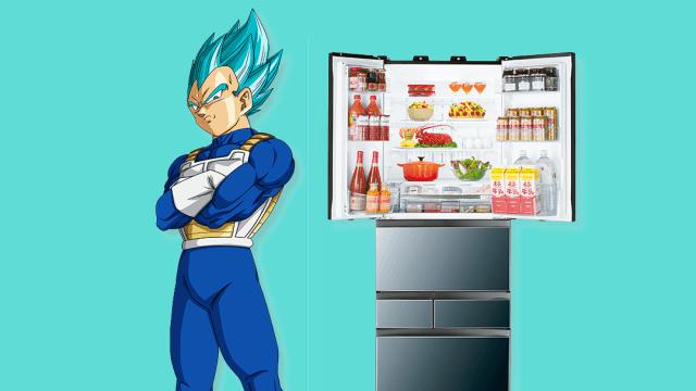 Vegeta al lado de un refrigerador