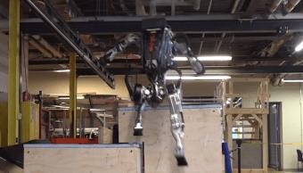 Atlas, el robot de Boston Dynamics, ya puede hacer parkour