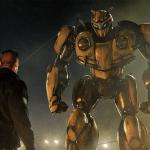 El transformer amarillo Bumblebee en su película