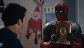 Deadpool con Fred Savage en una escena