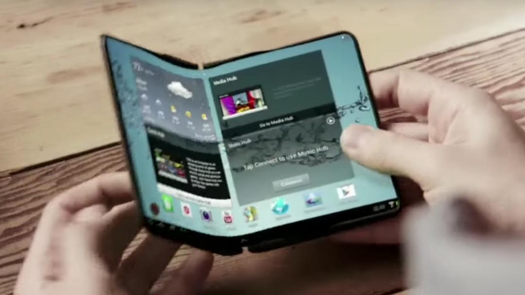 Samsung presenta prototipo de teléfono plegable, aquí sus novedades