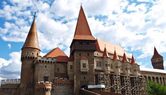 ¿Qué hay debajo castillo que encarceló a Drácula?