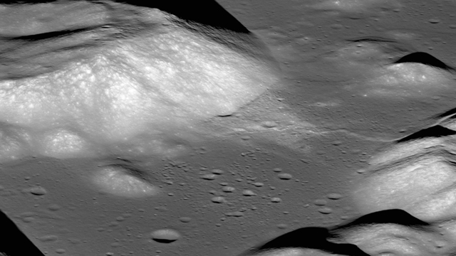 Luna, Encoger, Temblores, NASA