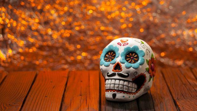 Calavera de Día de muertos de colores