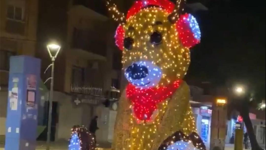 Hackearon reno navideño