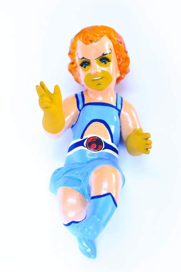Niño Dios Leon-O