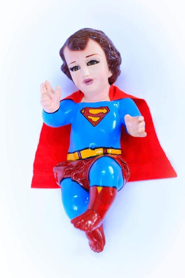 Niños Dios Superman