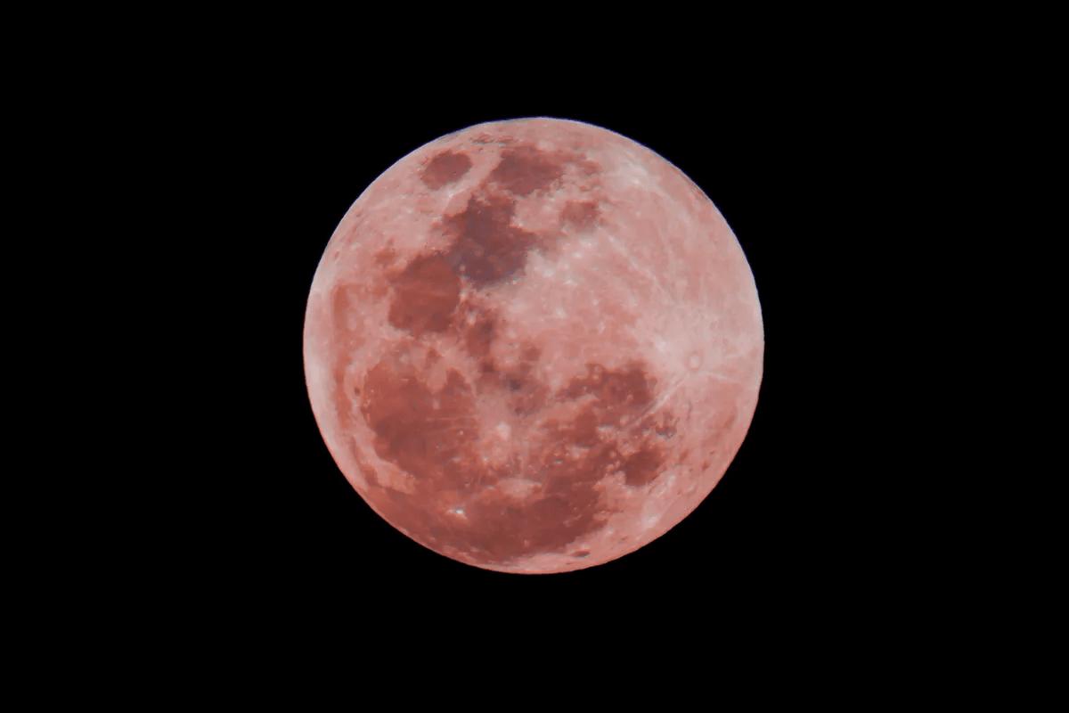 Luna Rosa abril
