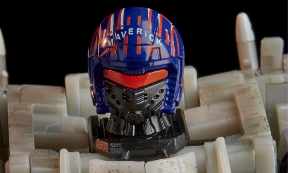 Maverick Transformer Top Gun Hasbro
